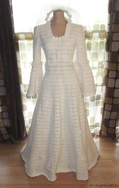Vintage 70s Crochet Full Sweep Wedding Dress Ball Gown Bohemian Bell Sleeve M/L