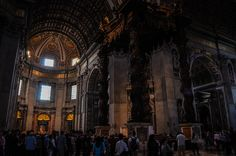 Bazilica Sf. Petru din Vatican  Bazilica Sf. Petru din Vatican, mai mult decât o catedrală - galerie foto.  Vezi mai multe poze pe www.ghiduri-turistice.info Sf, Vatican, Painting, Painting Art, Paintings, Vatican City, Painted Canvas, Drawings