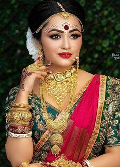 Bengali Bride, Bengali Wedding, Bengali Bridal Makeup, Indian Bridal, Bridal Wedding Dresses, Saree Wedding, Wedding Outfits, Bengali Jewellery, Real Gold Jewelry