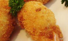 Camarão com cream cheese, crispy e molho teriyaki    No restaurante  Lapamaki , o 'Japalito Ebi Roast' é o vulgo espetinho de...