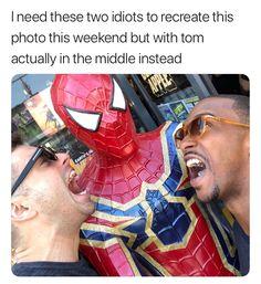 WHY DIDN'T THEY Marvel Heroes, Marvel Dc Comics, Marvel Actors, Marvel Funny, Marvel Movies, Disneyland Loki, Avengers Memes, Loki Avengers, Tom Hiddleston
