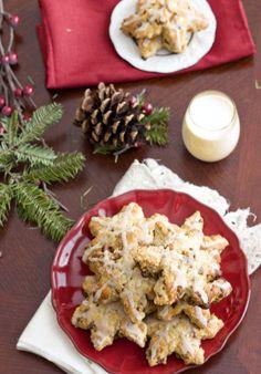 eggnog cinnamon chip scones Cinnamon Chip Scones, Cinnamon Chips, Holiday Recipes, Christmas Recipes, Sweet Bread, Feta, Healthy Snacks, Sweet Tooth, Brunch