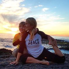 Love the one you're with.  We're so in love with this pic from  @happyyogatv  ❥❥❥ #SuperLoveTribe