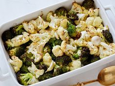 Roasted Cauliflower and Broccoli Recipe : Ellie Krieger : Food Network – FoodNet… - Delicious recipes Broccoli Recipes, Vegetable Recipes, Vegetarian Recipes, Healthy Recipes, Healthy Meals, Dinner Healthy, Brocolli And Cauliflower Recipes, Delicious Recipes, Recipes