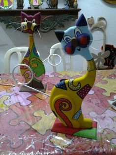Cat Crafts, Crafts For Kids, Arts And Crafts, Paper Crafts, Wooden Projects, Wooden Crafts, Clay Cats, Intarsia Wood, Arte Country