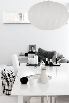 Black and white interior Interior Styling, Interior Decorating, Decorating Ideas, Design Interior, Black And White Interior, Black White, Loft Spaces, Home And Deco, Scandinavian Interior