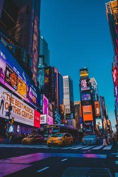times square new york city New York Wallpaper, City Wallpaper, New York Life, Nyc Life, City Aesthetic, Travel Aesthetic, New York Night, City Vibe, New York City Travel