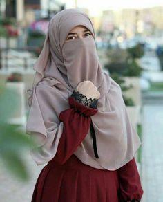 Saved from another pinner . Hijab Gown, Hijab Style Dress, Hijab Niqab, Muslim Hijab, Hijab Outfit, Anime Muslim, Arab Girls Hijab, Muslim Girls, Beautiful Muslim Women