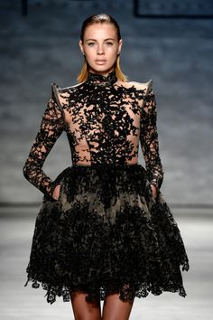 A model walks the runway at the Michael Costello fashion show during Mercedes-Benz Fashion Week Spring 2015 at The Pavilion at Lincoln Center on September 2014 in New York City. (Photo by Fernanda Calfat/Getty Images for Mercedes-Benz Fashion Week) Cocktail Gowns, Black Cocktail Dress, High Fashion, Fashion Show, Fashion Design, Women's Fashion, Michael Costello, Black Magic Woman, Current Fashion Trends