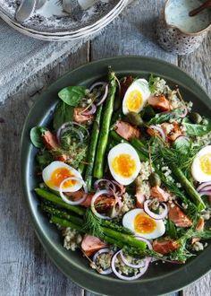 Dobbelbakte poteter - Mat På Bordet Cobb Salad, Quinoa, Ramen, Chili, Salads, Cooking Recipes, Snacks, Ethnic Recipes, Recipies