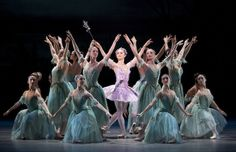 Marianela Nuñez and Artists of The Royal Ballet in The Sleeping Beauty. Photo: Johan Persson / ROH ©