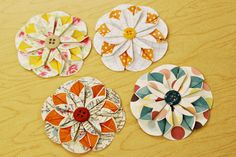 Awesome Blossoms: looks like they're made of folded circles of double-sided scrapbook paper