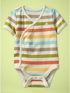 Love this.  Finally somethign a little different for boys and girls.  Not just blue or pink.