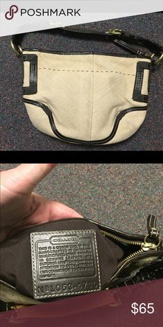 Coach Straw Purse Coach straw purse with brown leather handle and accents on both sides. Only used a couple times. Make me an offer!! Coach Bags Shoulder Bags