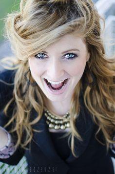 laughing portrait by kofaragozsuzsiphotos