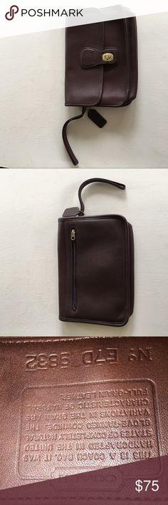 Vintage Coach leather wristlet 🌸💕😍 e94d066b25d7e