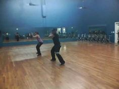 """Zumba with Moe """"Anos Luz"""""""