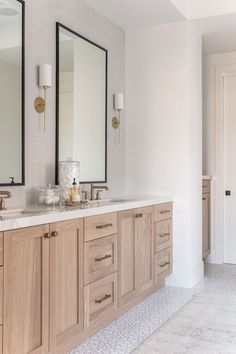 Project Reveal: Family Ties Master Bathroom w/ Fireclay TileBECKI OWENS