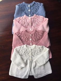 Potuznik& Cornflower lace-yoke cardigan Lovely pattern, easy to knit. I used the same yarn, but went down to needles and for the yoke It came up newborn size. The original pattern by Calco uses DK wool, and I th. Baby Knitting Patterns Free Newborn, Baby Cardigan Knitting Pattern Free, Kids Knitting Patterns, Baby Sweater Patterns, Knitted Baby Cardigan, Knit Baby Sweaters, Knitted Baby Clothes, Baby Clothes Patterns, Baby Hats Knitting