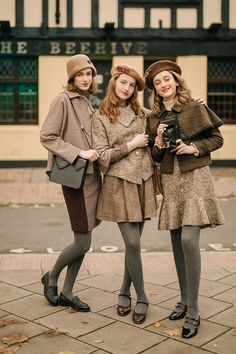Vintage Outfits, Retro Outfits, Cute Outfits, Retro Vintage Dresses, Vintage Hats, Indie Outfits, Fashion Outfits, Fashion Scarves, Fashion Fashion