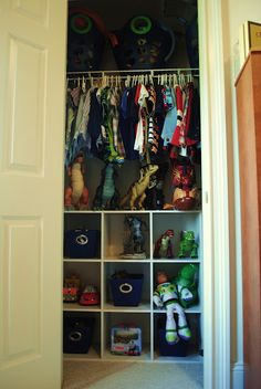 Great ideas for organizing a little boys room