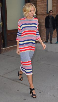 HAIR Sienna Miller does perfect daytime stripes in Céline: http://aol.it/1BydS84