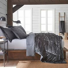 Vellux Plush Microfiber Reversible Twin Comforter Set in Grey