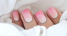 Gradient nail art is oh so chic just like what #MarineLovesPolish did here with BM-S101 plate.   #bms101 #bundlemonster #shangrila #gradientmanicure #girlymanicure #pinknails