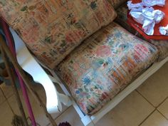 Buy & Sell On Gumtree: South Africa's Favourite Free Classifieds Couch Furniture, Garden Furniture, Gumtree South Africa, Buy And Sell Cars, Barn Signs, Private Hospitals, Single Chair, Next Door, Empty