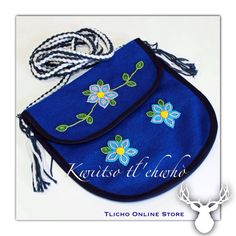 Kwıı̀tso tł'ehwhò (Bullet ‪#‎Bag‬) made by a ‪#‎Tlicho‬ from ‪#‎Behchoko‬, NT. Available at http://onlinestore.tlicho.ca/products/kwii-tso-tlehwho-bullet-bag-1