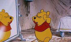 08 winnie the pooh blinks eyes Whinnie The Pooh Drawings, Winnie The Pooh Gif, Winne The Pooh, Disney Phone Wallpaper, Cartoon Wallpaper, Old Disney, Disney Love, Vintage Cartoon, Cute Cartoon