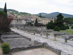 **Sites Archeologiques de Vaison la Romaine (Roman ruins) - Vaison-la-Romaine, France