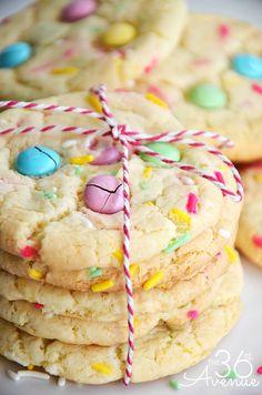 Recipes - Funfetti Cake Mix Cookie Recipe by the36thavenue.com
