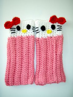 Cutest leg-warmers EVER!  Hello Kitty Leg Warmers by Lisa Casillas - click for pdf pattern.