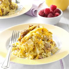 Taste of Home--Slow Cooker Breakfast Casserole Slow Cooker Breakfast, Breakfast Dishes, Breakfast Recipes, Breakfast Ideas, Breakfast Potluck, School Breakfast, Breakfast Bake, Potatoe Casserole Recipes, Sweet Potato Recipes