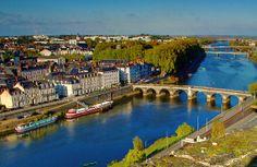"""Il s'agit de la Maine car si la Loire traverse l'Anjou elle """"boude"""" la ville d'Angers !"""