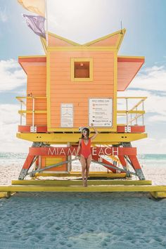 Colorful lifeguard towers in South Beach in Miami Beach Miami Pictures, Miami Photos, Beach Pictures, Miami Beach, Orlando Miami, Beach Pink, Beach Lifeguard, Miami Outfits, Beach Outfits