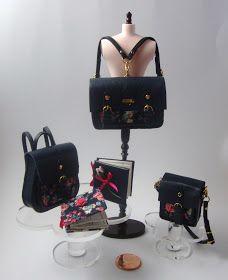 Miniaturas bolsos: Bolsos colección piel azul marino y estampado floral.♡ ♡