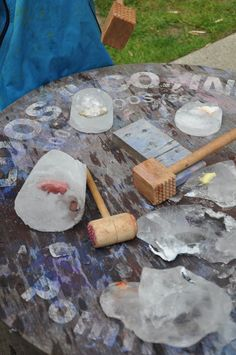 Cracking ice provocation - Stumping in the Mud ≈≈ would be fun as an archeology program, or for a game - find the missing pieces to build something to win. complete a zoo! Sensory Activities, Winter Activities, Sensory Play, Learning Activities, Preschool Activities, Nursery Activities, Sensory Table, Outdoor Education, Outdoor Learning