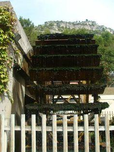 la roue du moulin - Picture of La Fontaine de Vaucluse, Provence - TripAdvisor Water Mill, Le Moulin, Windmills, Provence, Lighthouse, Trip Advisor, France, Alps, Windmill