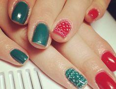 unghie-di-natale-rosse-verdi Blue Sparkles, Love Valentines, Manicure, Nail Polish, Beauty, Nail Bar, Nails, Nail Polishes, Polish