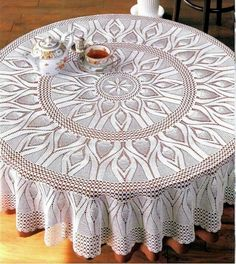 Large round tablecloth with pineapples