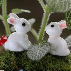 2Pcs Fairy Garden Miniatures Garden Rabbit Figurine Terrarium Figurines Resin Craft Rabbits Miniature Fairy Figurines Artesanato