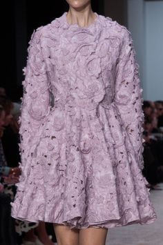 Giambattista Valli Fall 2014 - Details
