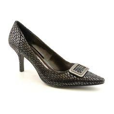 Alfani Women's Cappy Snake Embossed Black Leather Pointed Toe Heel Pump Shoes (7.5) Alfani,http://www.amazon.com/dp/B0094M2DA0/ref=cm_sw_r_pi_dp_Mvbdtb0QFZM4CFBY