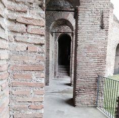 Geheimtipps für Rom - 16 Erlebnisse abseits der Touristenpfade - Unterwegs in Rom Mario, Dom, De Chirico, Italian Art, Tourism, Tips