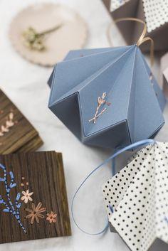 ACQUA LARGE DIAMOND Origami Folding, Diamond, Unique, Crafts, Beautiful, Products, Manualidades, Diamonds, Handmade Crafts