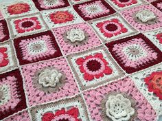 Lovely crochet blanket granny's 4 different square's by VKAnja, €130.00