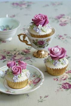 #teaparty #te #tea #infashion #cupcakes www.gracielahernandez.tumblr.com