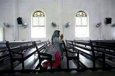 Blog Sensasi: #SENSASI~Pakaian Bercirikan Islam Tapi Berada Dala...
